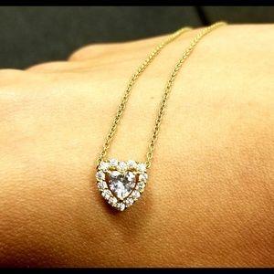 NWOT GOLD HEART DIAMOND NECKLACE